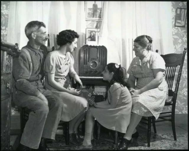 radiofamilypoor